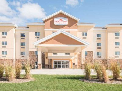 Dickinson, ND – Hawthorn Suites Dickinson
