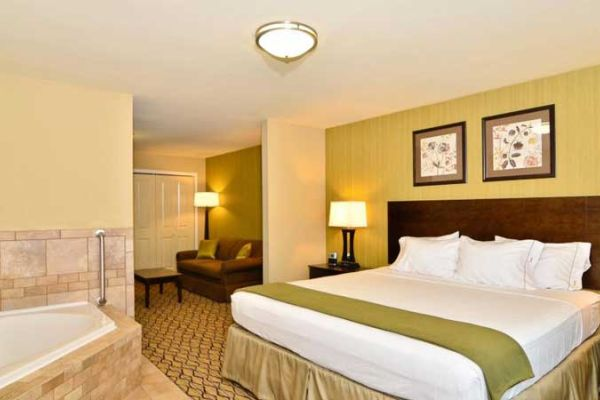 Holiday Inn Express And Suites Williston 4598177069 2x1